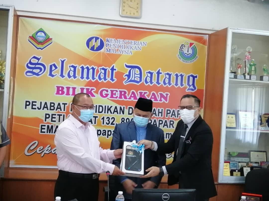 Program Walkabout YB Datuk Haji Mohd. Arifin bin Hj. Mohd. Arif